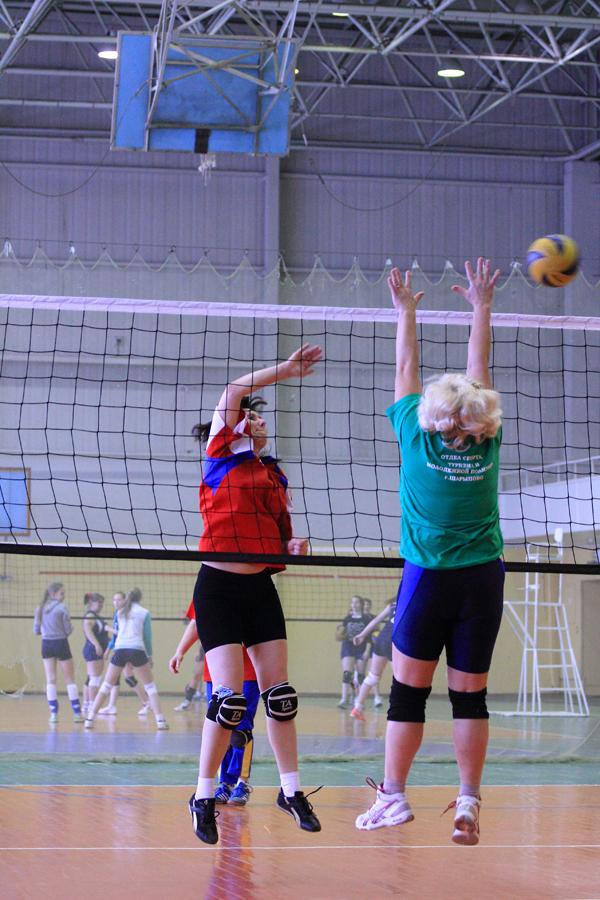Чемпионат по женскому волейболу Шарыпово Домашний Чемпионат по женскому волейболу