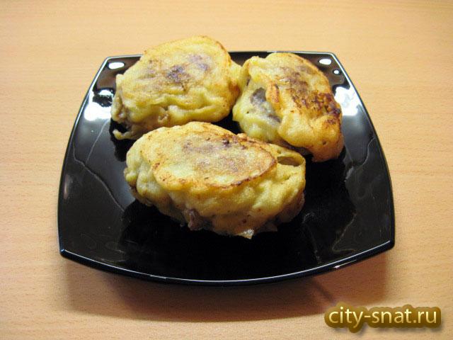 Мясные котлеты с яично-сырной начинкой жареные в кляре
